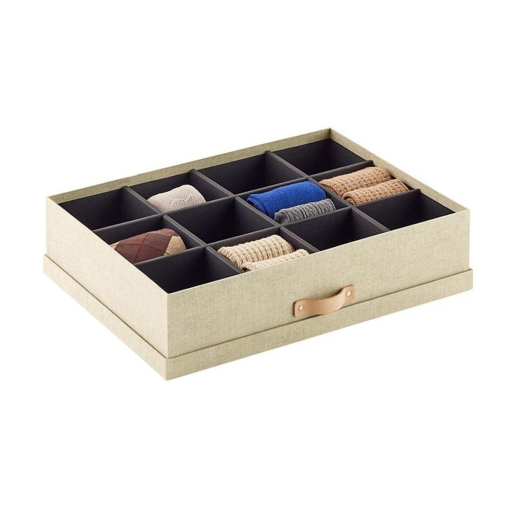 Closet-accessory-organizer